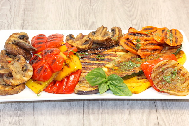Panini Grilled Vegetable Platter with Balsamic Herb Dressing | urbnspice.com