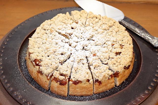Ultimate Caramelized Apple Cake | urbnspice.com