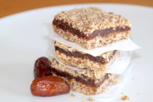 Ultimate Date Oatmeal Squares | urbnspice.com