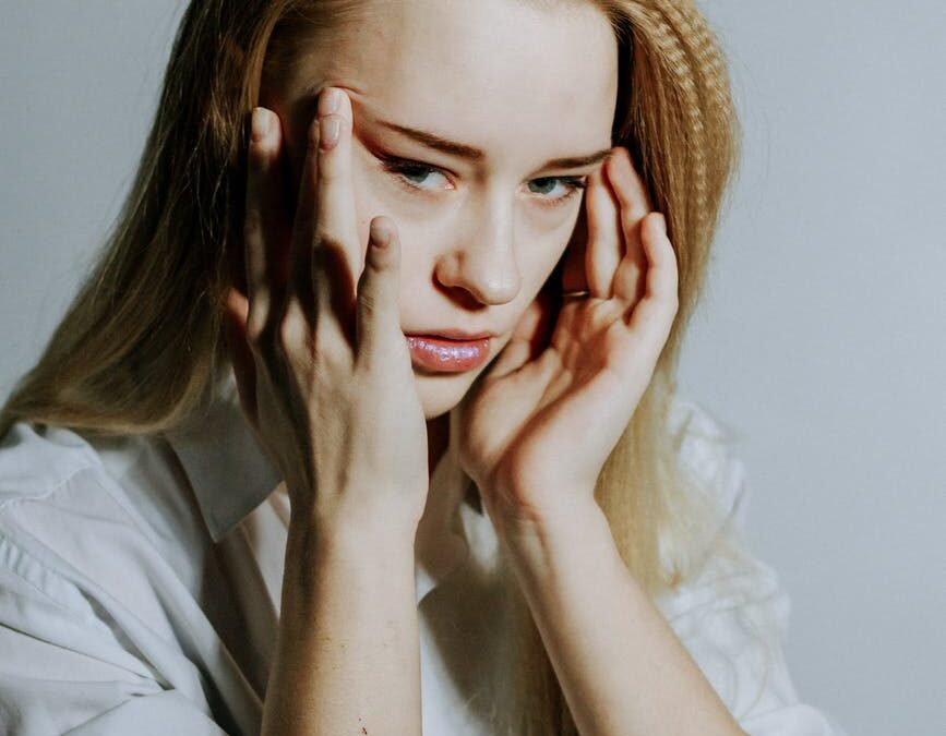 Chronic Migraines: Know the Symptoms & Treatment Options