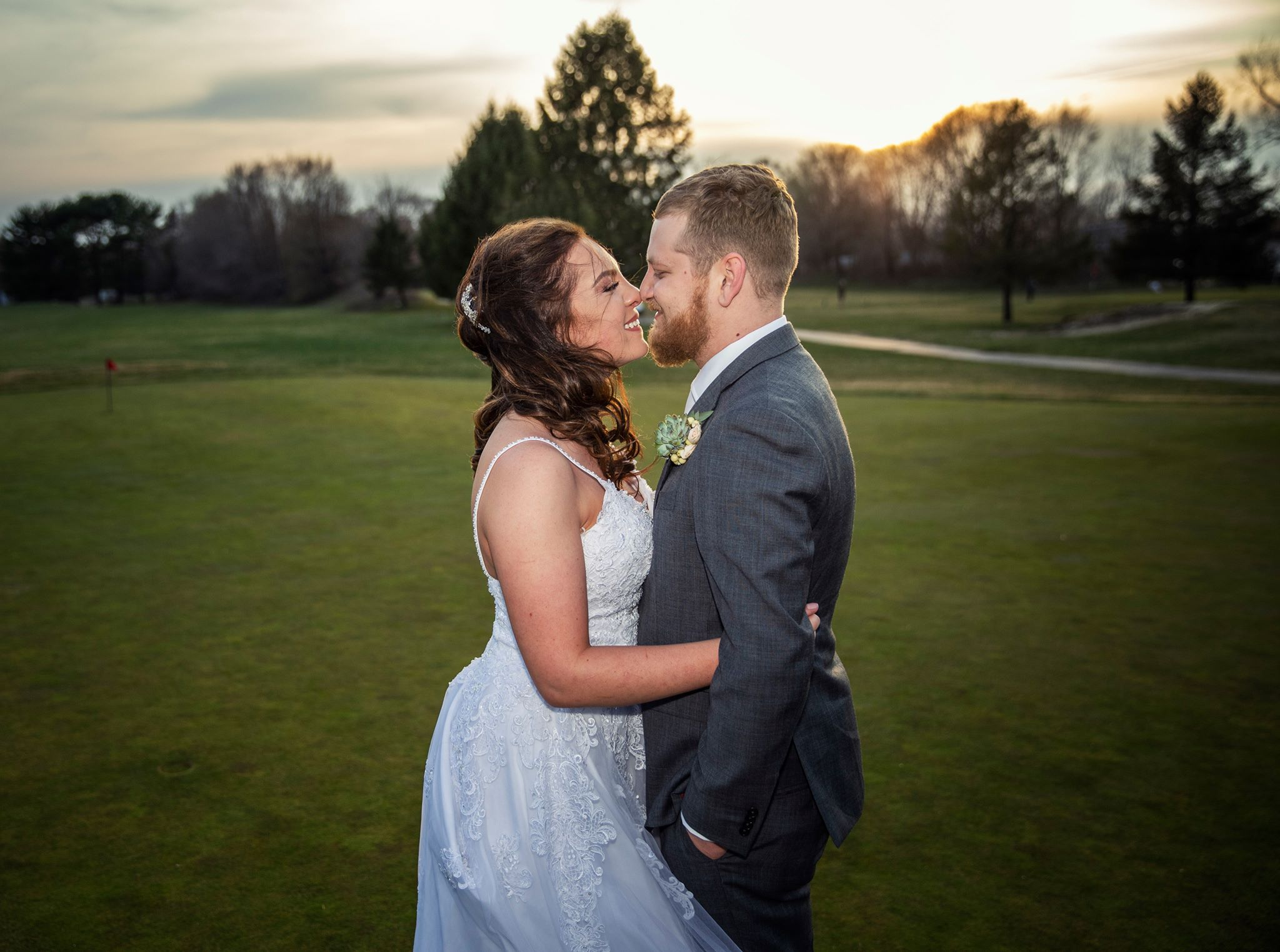 A romantic pose of a bride and a groom in New Jersey wedding