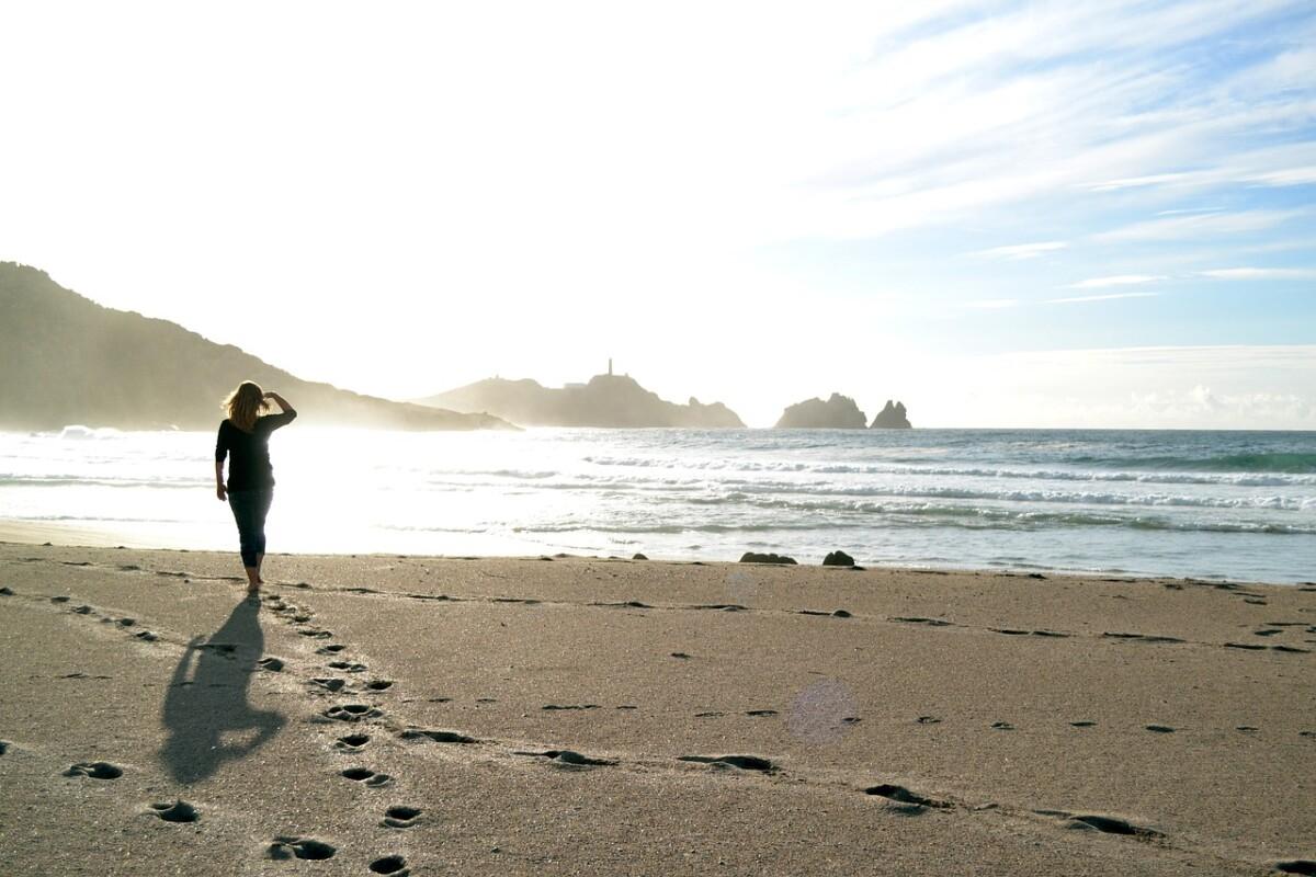 woman-walking-beach