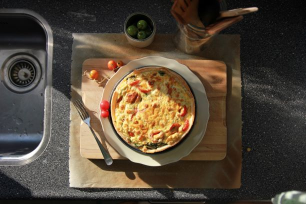 breakfast-quiche-on-table