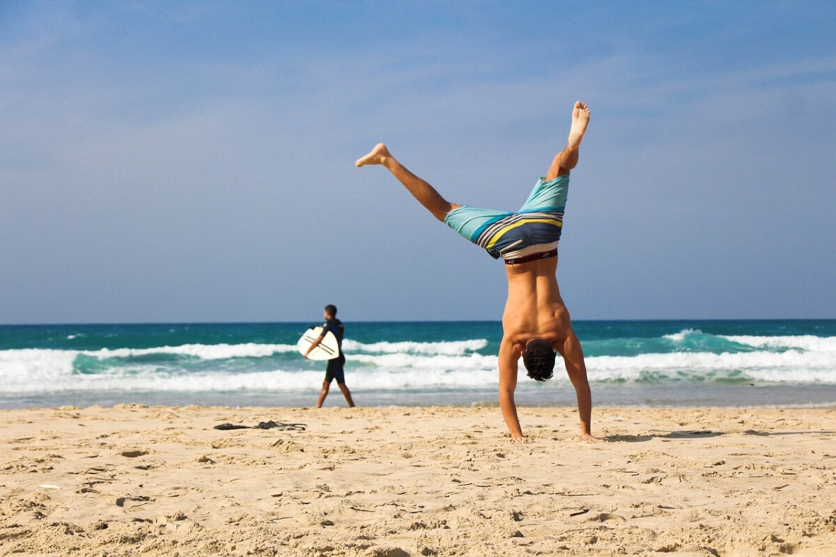 handstand-2224104_1280