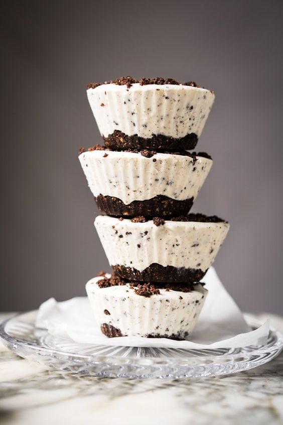 Cookies 'N Cream Fat Bomb Keto