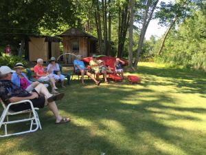2016-08-08  Pot Luck at Roberts' cottage (Dorothy's) 2069