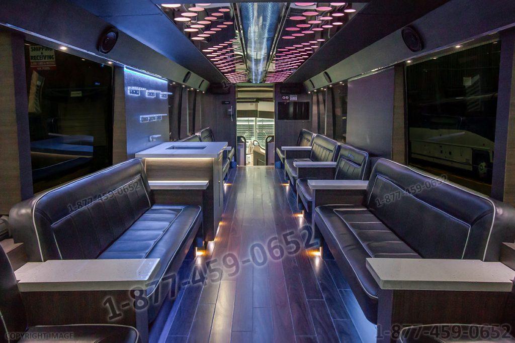 Party Bus: MCI-3