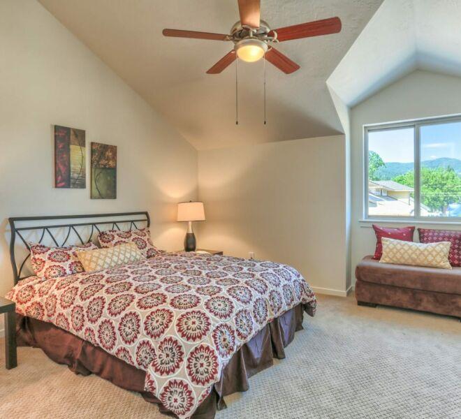 Ridgeview Place bedroom