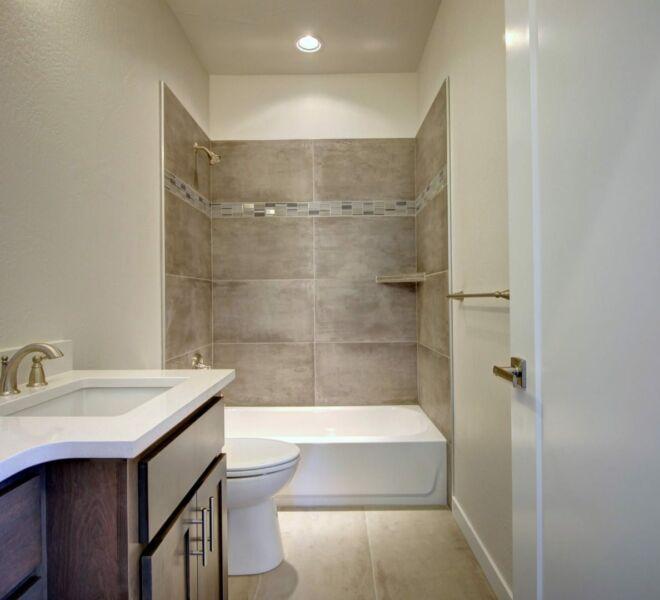 Verde Vilage Phase 2 bathroom with tub