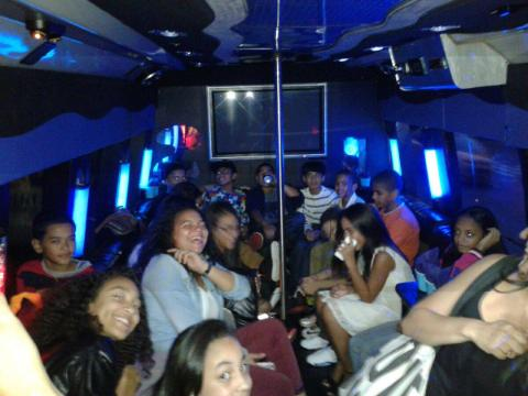 Birthday party limos and party buses in New York and New jersey. A Picture of kids having fun on the birthday.