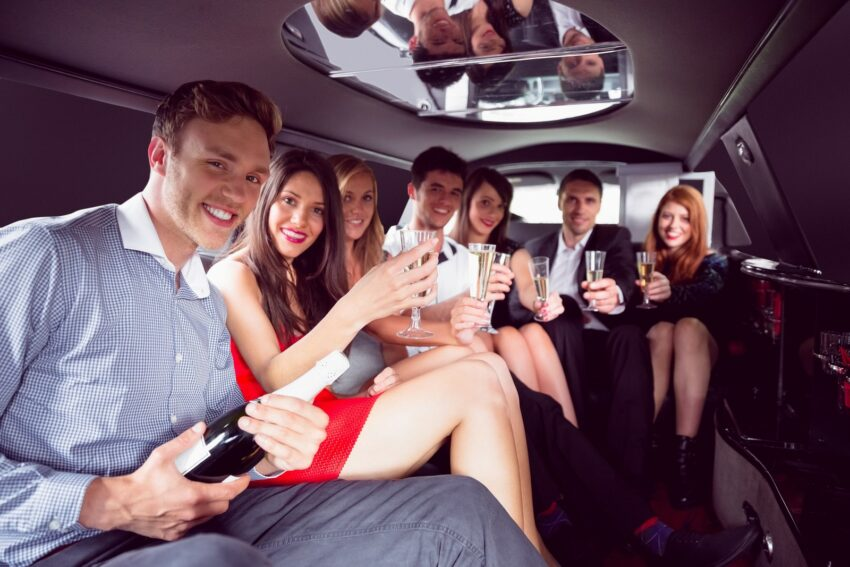 Birthday limo rental packages in New York City with New York City Party Bus Services