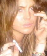 Lindsay Lohan smoking - thumbnail