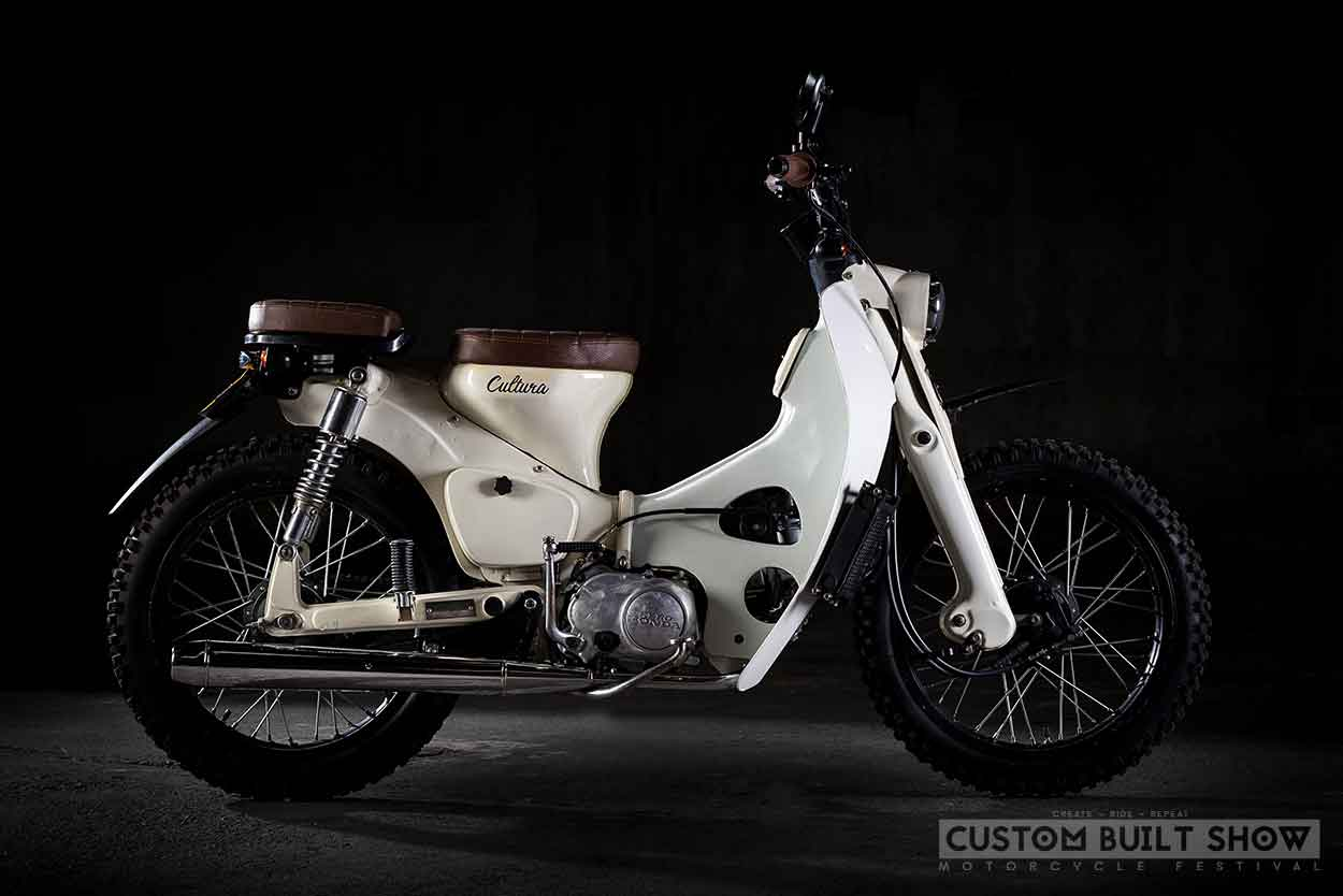 Honda Cub Cultura Cafe Racer Chantilly