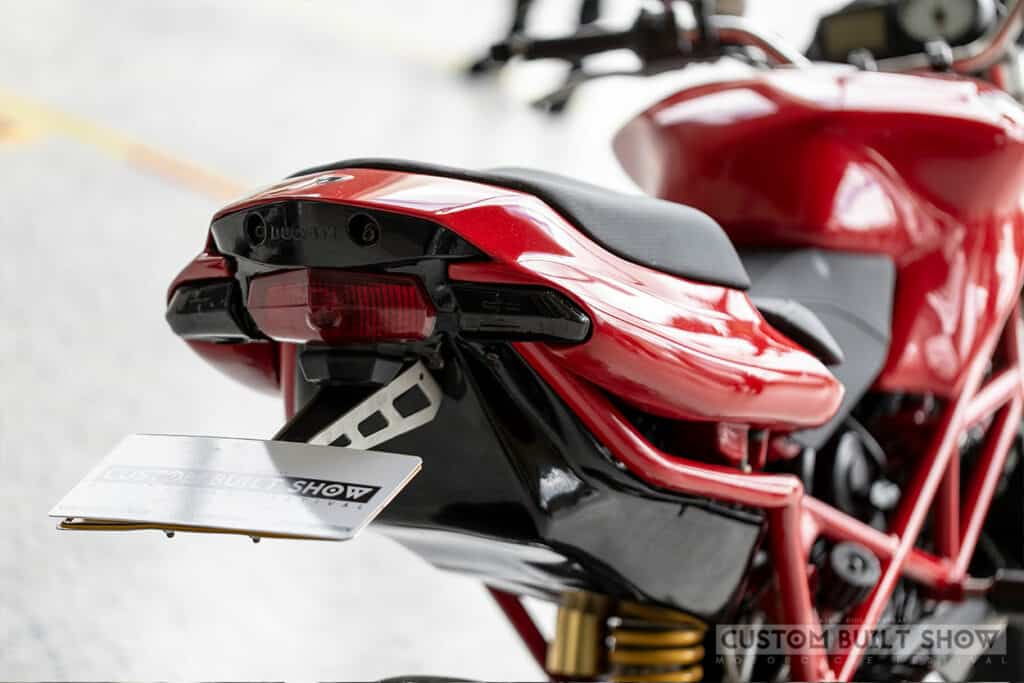 Ducati multistrada 1100 modificada