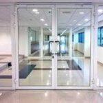 comercial glass dorrs