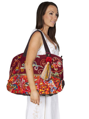 No. C18 Cantina Collection Handbag Wool/Cotton, Color: Cranberry