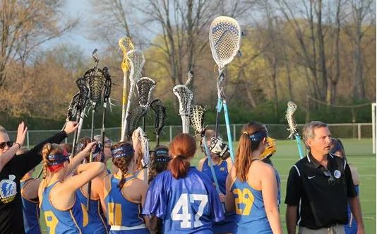 Mariemont lacrosse coach shows team how to battle