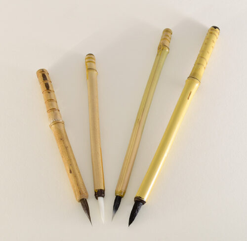 Medium Diameter Ink And Aqueous Acrylic Brush Set With 1 Inch Long Bristles.jpg