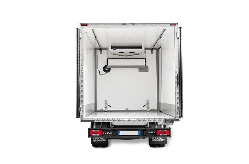 Noleggio furgone box isotermico con gruppo frigo