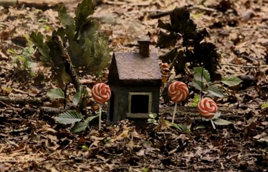 scare bear doll house