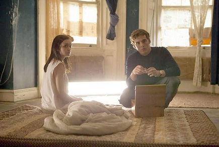 Jane Harper (Olivia Cooke) and Brian McNeil (Sam Claflin) in THE QUIET ONES. Photo Credit: Chris Harris, from Lionsgate publicity site
