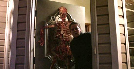 devil's night neighbor door check
