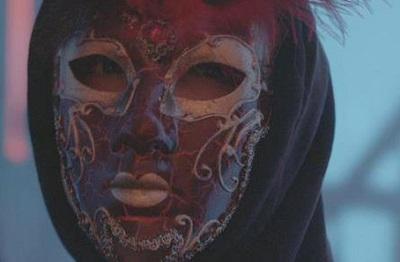 holla 2 mask