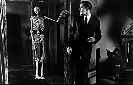 house on haunted hill skeleton