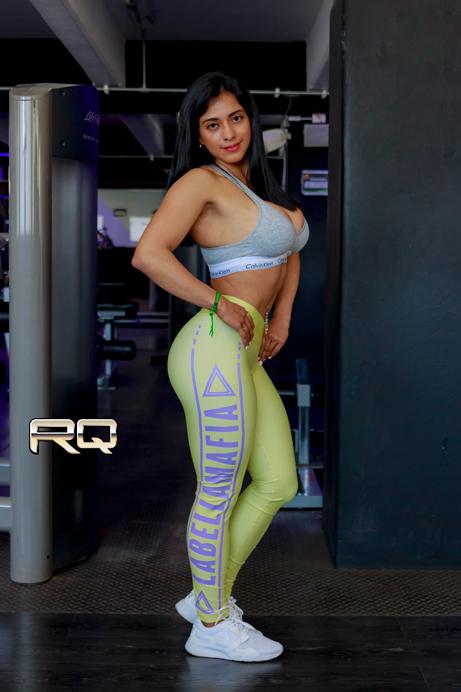 Raquel Chavez en la portada