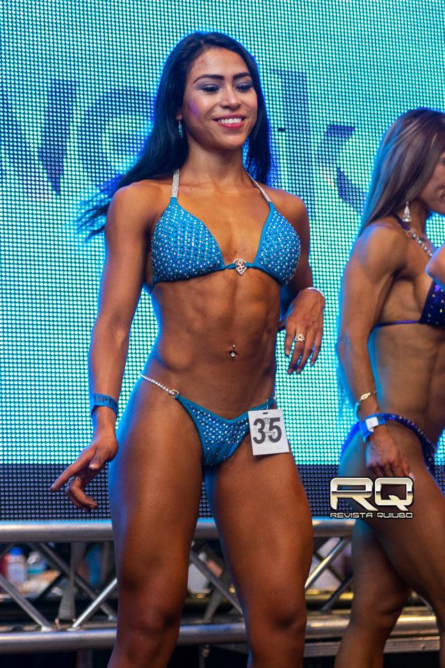 Wellness bikini RQ - Monserrat Cruz