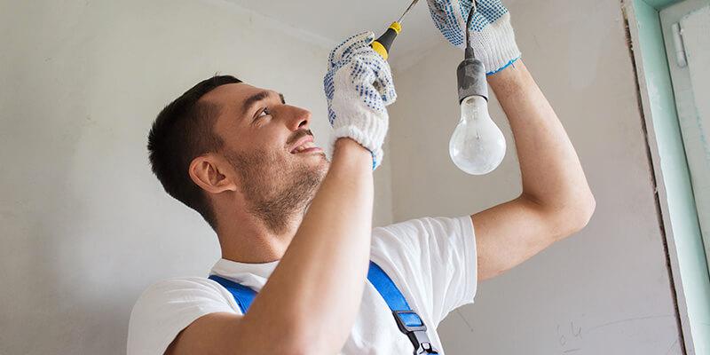 como elegir a un electricista de confianza