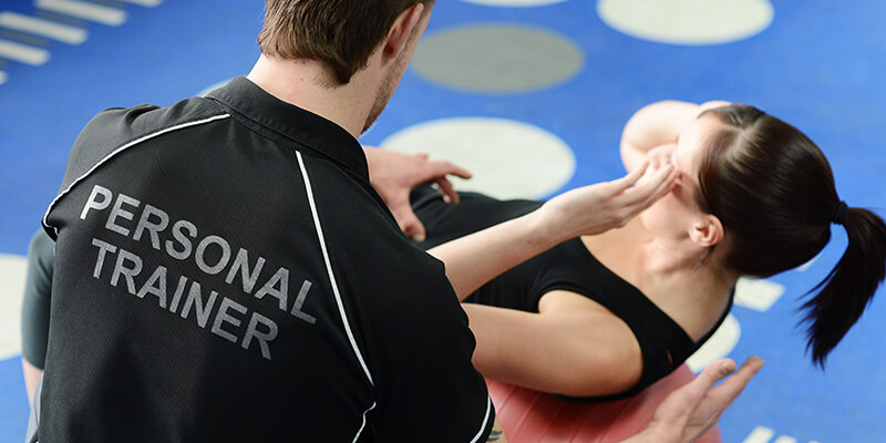Entrenar con un personal trainer