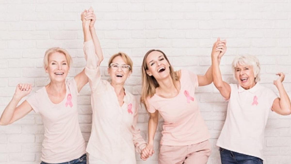 mujeres en campaña de lucha contra el cancér de mama