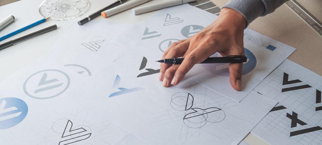 Diseños gráficos a mano