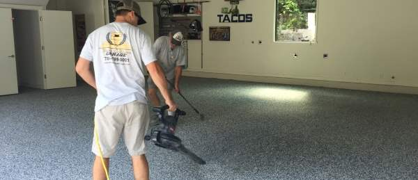 Garage Floor Coatings – Hire A Professional Or Do It Yourself?
