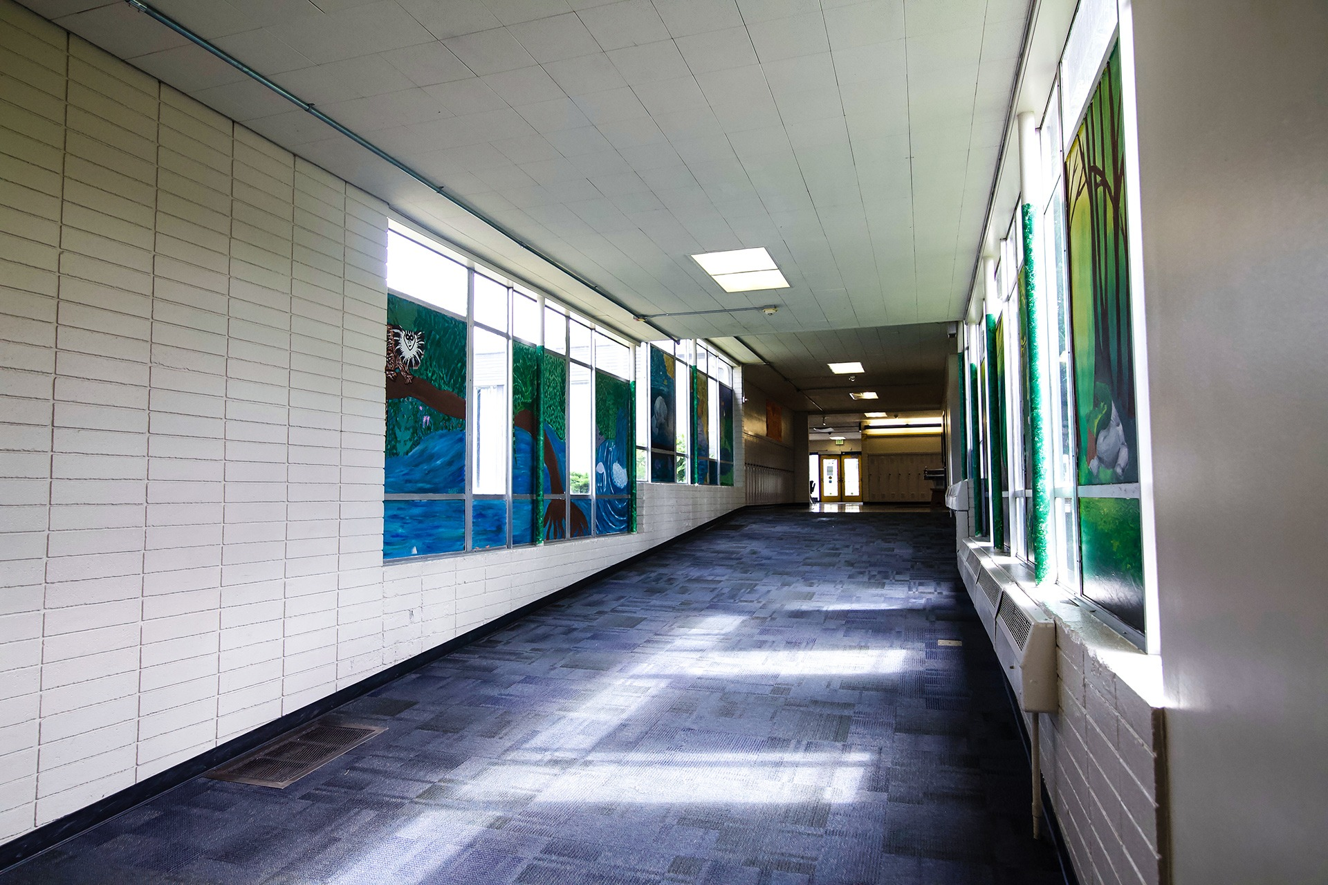 Ashland exterior interior before (7 of 12)