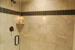 Main_floor_guest_bath_(2)