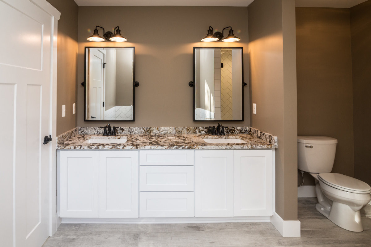 Two Story Custom Craftsman - Bathroom Counter and Sinks