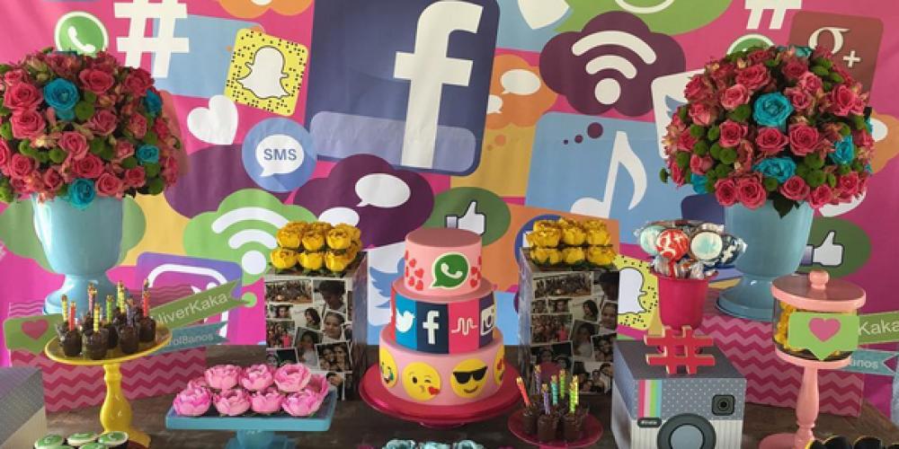 Fiesta temática de Redes Sociales