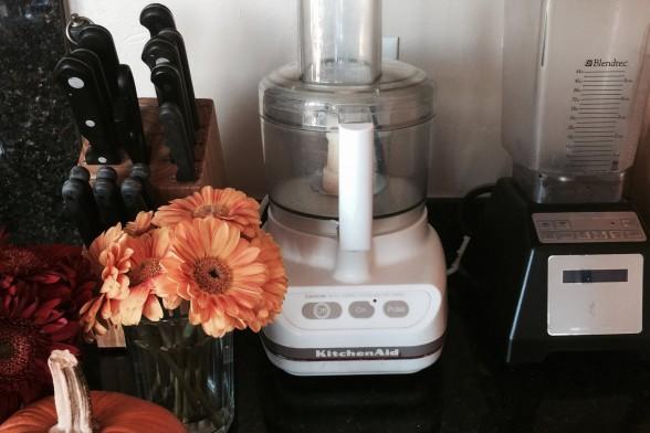 Should I Choose a Blender or Juicer or Food Processor?