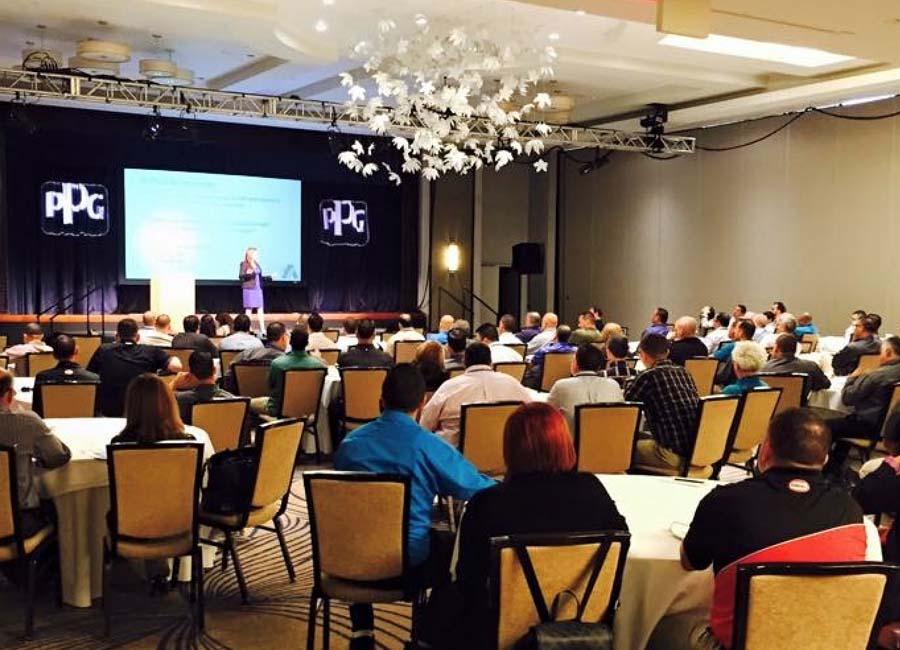 Astrid Velez - Conferencia empresarial