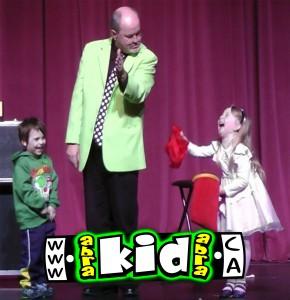 Kids Laugh at Comedy Magician Peter Mennie