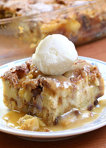 Bread Pudding w/ Creme Anglaise