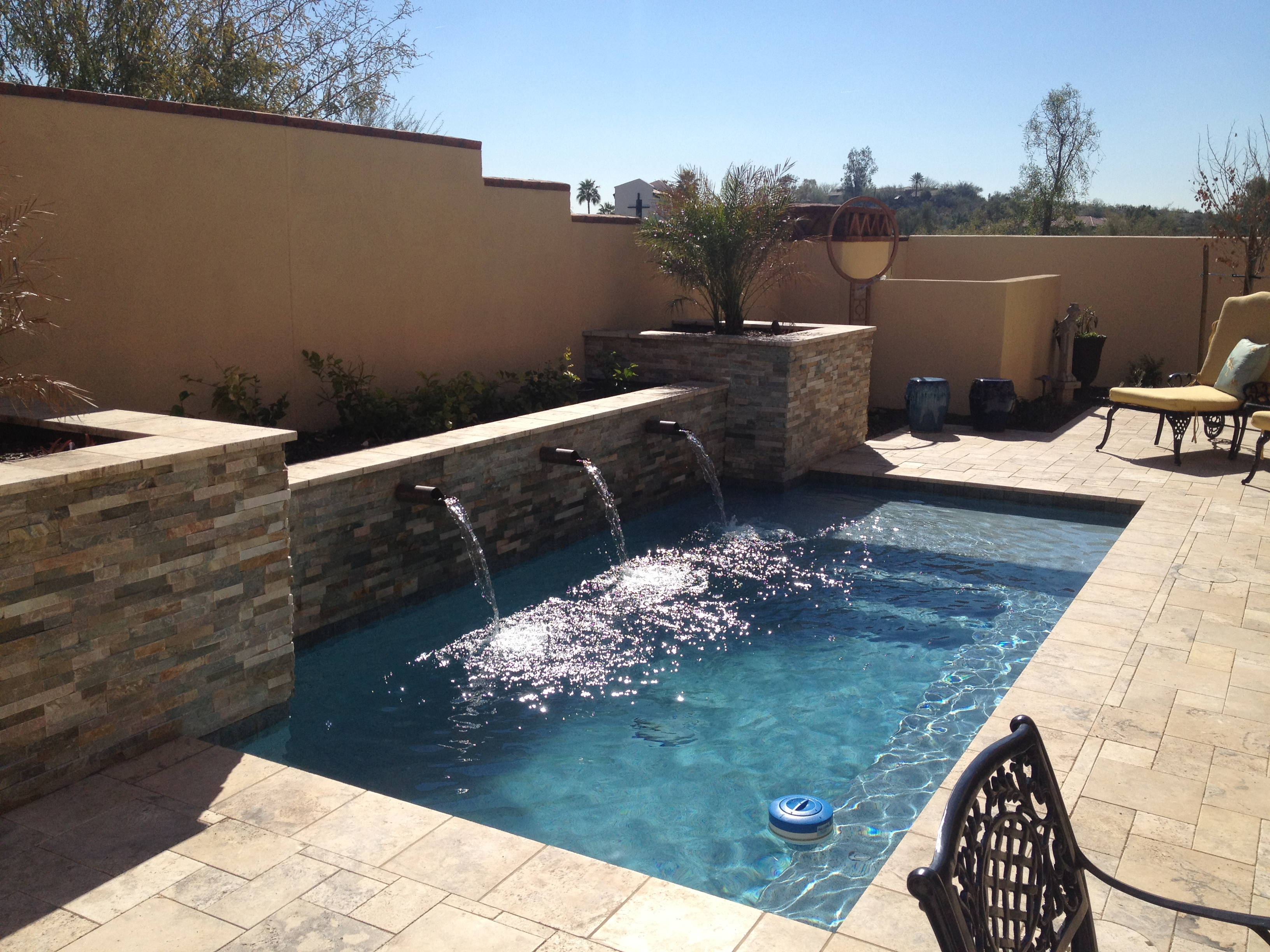 pools-walls-waterfeatures-travertine