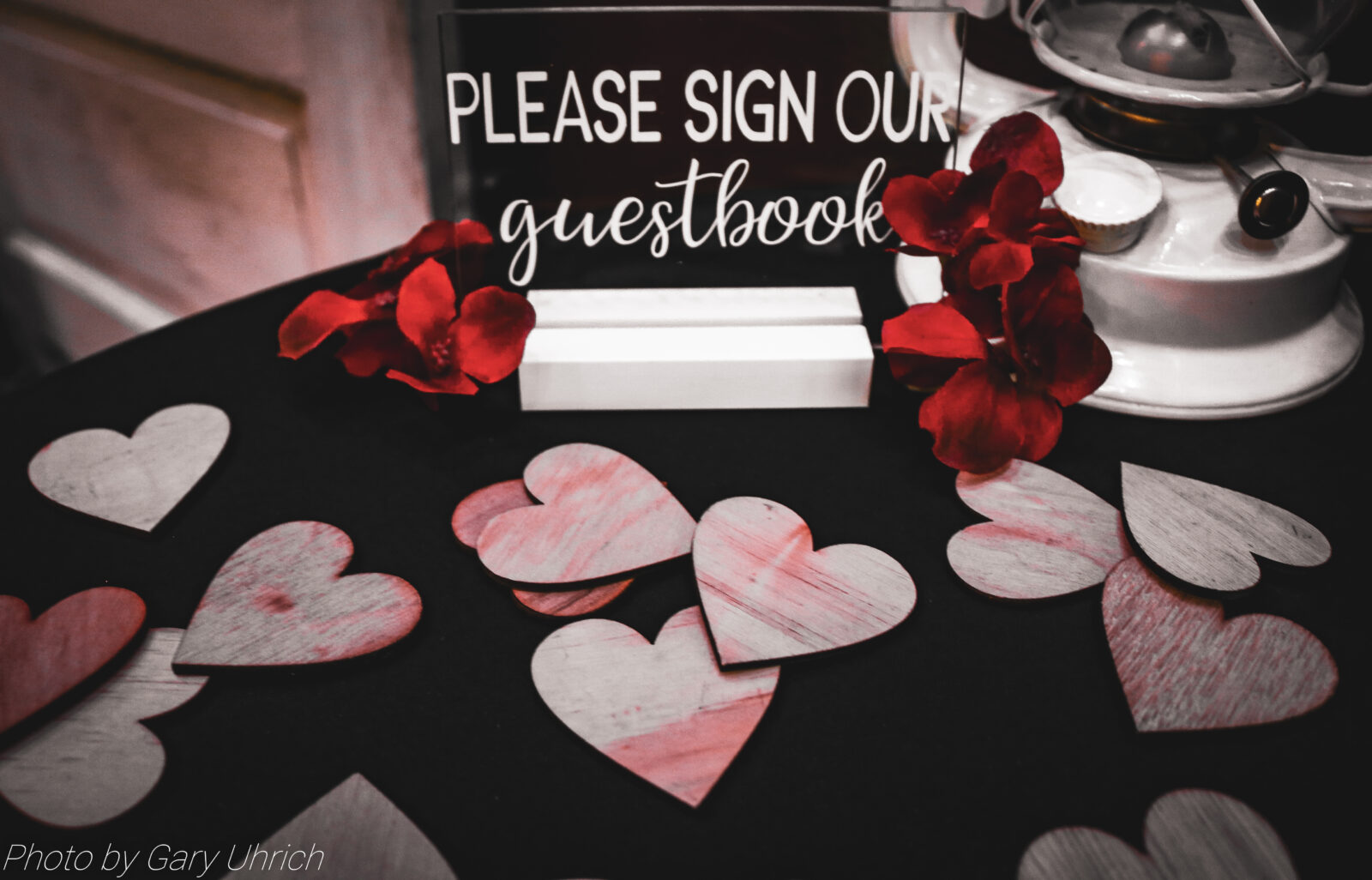 Guestbook hearts.  Nebraska Wedding.  The DJ Music System.