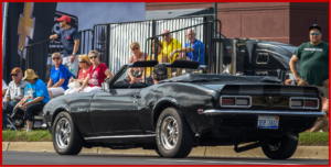 AutoInformed.com on Woodward Dream Crusie - Ford versus Camaro and GM