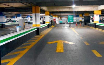 Tem um estacionamento NA FRENTE DA clínica   Inglês BÁSICO Todos os Dias #123