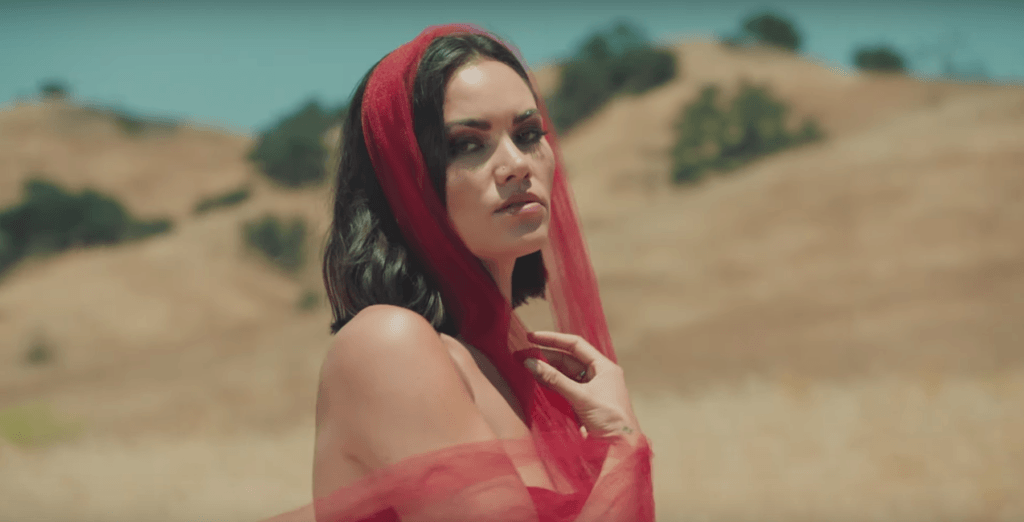 Sinéad Harnett and Gallant Get Close in 'Pulling Away' Video - Rated R&B