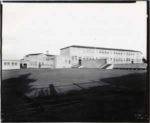 "Rear view of the ""new"" Commodore Sloat school, date unknown"