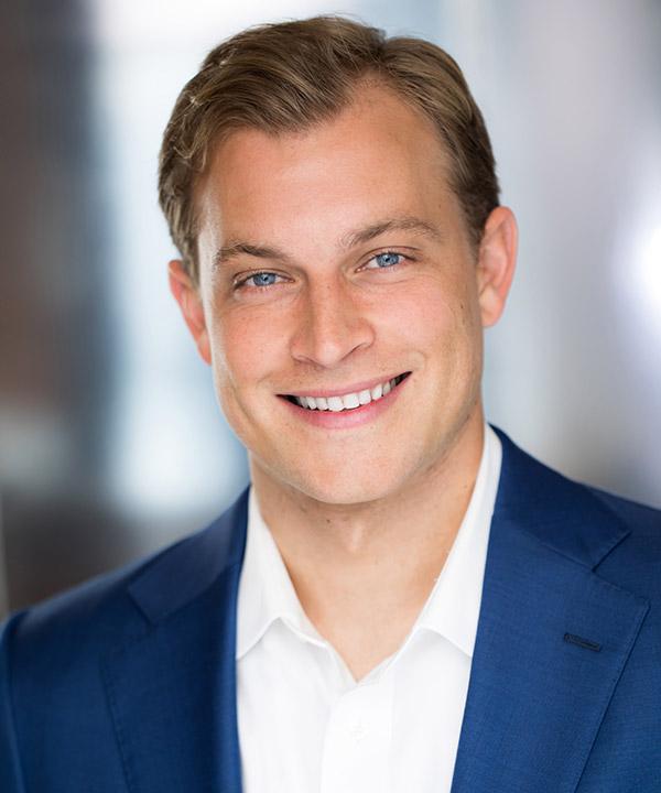 Jeremy Burton | Director, Originations, Calmwater Capital